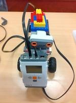 NXT-Roboter als Prototyp für den Schulranzenroboter