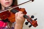 Juliana-spielt-Geige